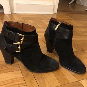 Louise et Cie black suede booties